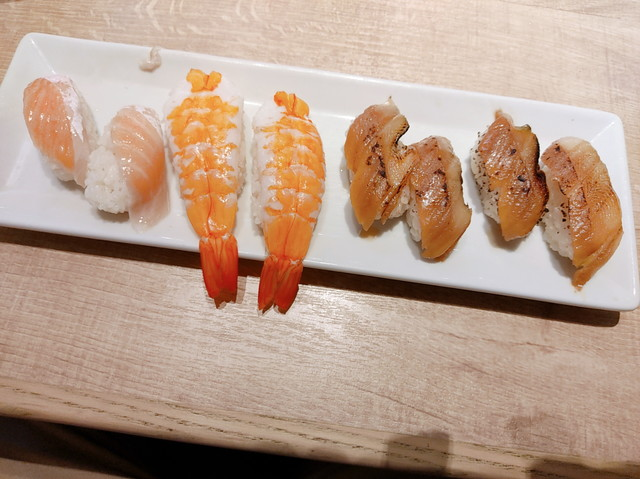 牛角ビュッフェ寿司食べ放題3