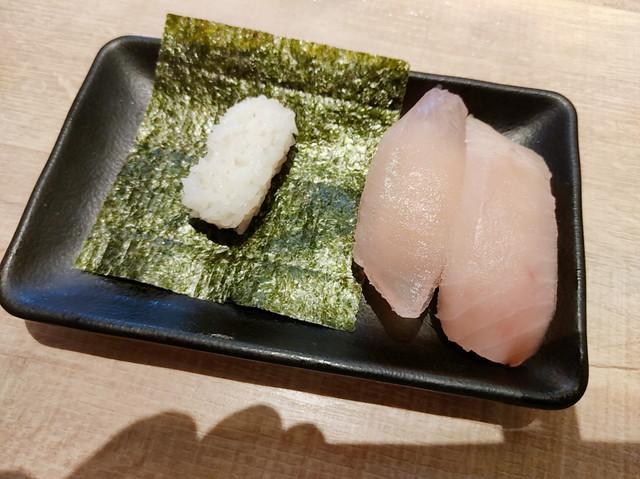 牛角ビュッフェ寿司食べ放題4