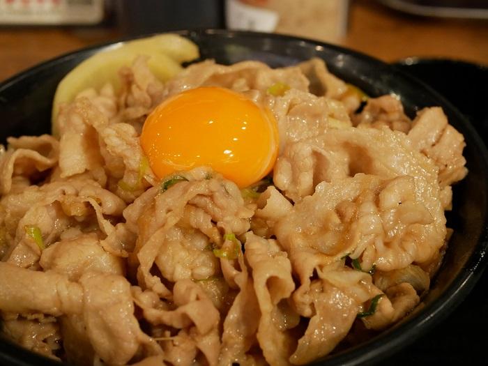 爆肉丼の店七色 アイキャッチ画像