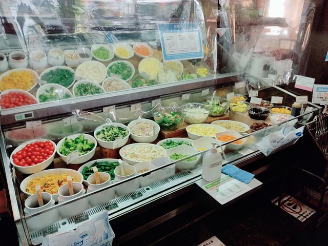 スエヒロ館サラダ1